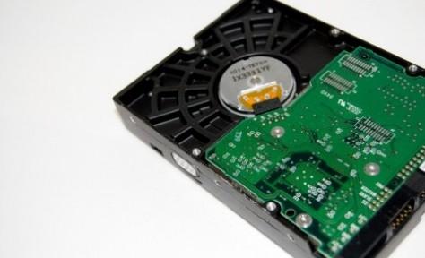 補助記憶装置の主役ハードディスクの基礎知識3選